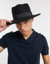 ASOS DESIGN - Größenverstellbarer, schwarzer Hut mit breiter Krempe und Band