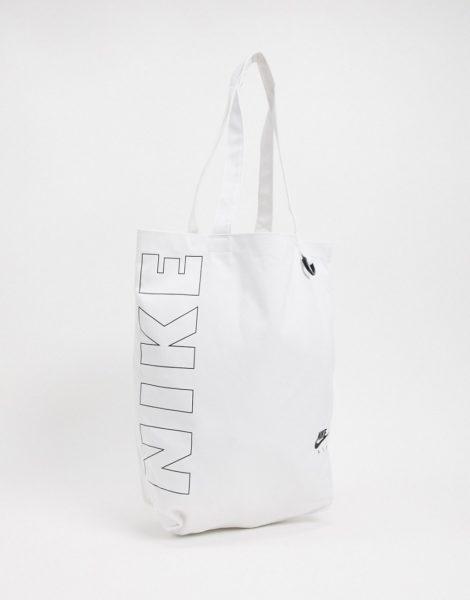 Nike - Heritage - Tragetasche in Weiß