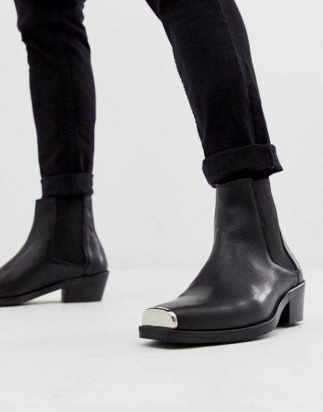 ASOS DESIGN - Chelsea-Stiefel im Western-Stil aus schwarzem Leder mit kubanischem Absatz und Metallbesatz
