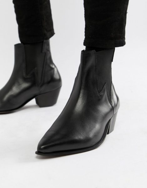 ASOS DESIGN - Chelsea-Stiefel im Westernstil aus schwarzem Leder mit kubanischen Absätzen und Blitz-Detail