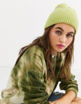 ASOS DESIGN - Gerippte Mütze mit breitem Umschlag-Grün