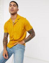ASOS DESIGN - Jersey-Hemd mit Zickzackmuster-Gelb