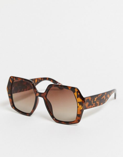 ASOS DESIGN - Oversize-Sonnenbrille mit Schildpattmuster im Stil der 70er Jahre-Weiß