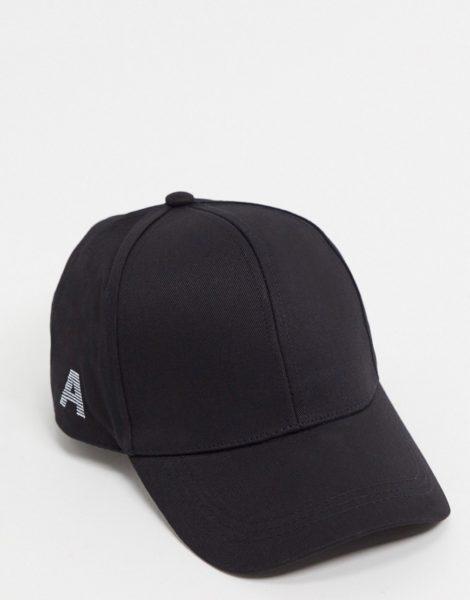 """ASOS DESIGN - Personalisierte Kappe mit dem Buchstaben """"A"""" in Schwarz"""