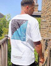 Criminal Damage - Weißes T-Shirt mit Bandana-Einsatz