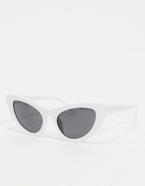 Jeepers Peepers - Cat-Eye-Sonnenbrille in Weiß