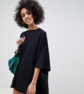 Weekday - Riesiges, schwarzes T-Shirt-Kleid
