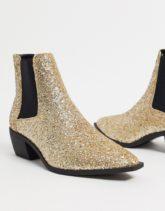 ASOS DESIGN - Gold glitzernde Chelsea-Stiefel im Westernstil mit kubanischen Absätzen und Metallelementen