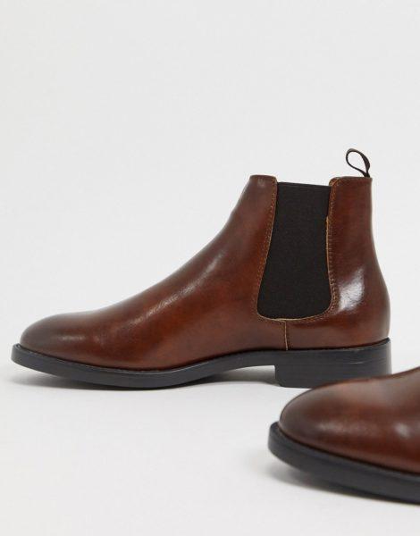 ASOS DESIGN - Chelsea-Stiefel aus braunem Kunstleder mit schwarzer Sohle