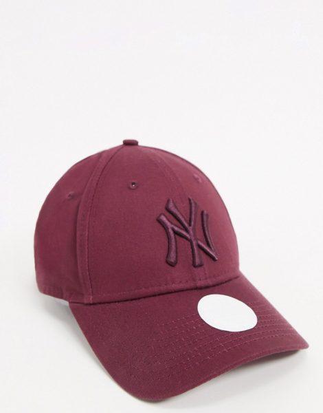 New Era - NY 9Forty - Exklusive Kappe in Beerenblau mit abgestimmtem Logo-Violett