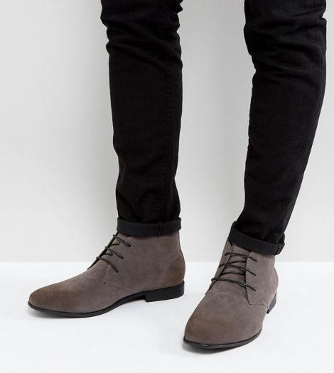 ASOS DESIGN - Chukka-Stiefel aus grauem Wildleder-Imitat in weiter Passform