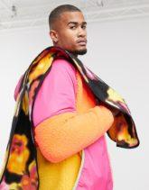 ASOS 4505 Schal aus Fleece mit Blumenmuster-Mehrfarbig