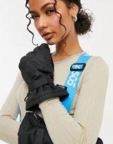 ASOS 4505 - Wattierte Ski-Handschuhe in Schwarz