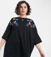ASOS DESIGN Curve - Schwarzes Oversize-T-Shirt-Kleid mit Blumenstickerei an den Ärmeln und am Kragen