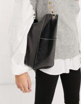 ASOS DESIGN - Glänzende Shopper-Tasche mit Seitentaschen und Kettenriemen in Schwarz