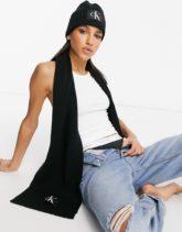Calvin Klein Jeans - Geschenkset aus Mütze und Schal in Schwarz
