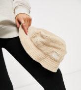 New Era - Exclusive - Anglerhut aus Teddyfell in Beige