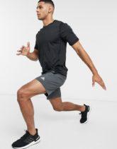 adidas Training - Alphaskin - Schwarzes T-Shirt