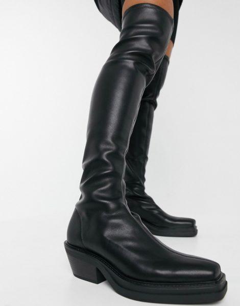 Pull&Bear - Hohe Stretch-Stiefel zum Reinschlüpfen in Schwarz