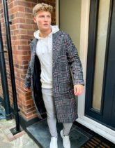 Another Influence - Lang geschnittener Mantel aus Wollmischung mit grauem Karomuster