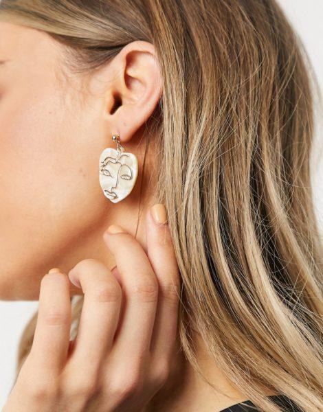 Monki - Telle - Ohrringe mit Gesicht in Gold