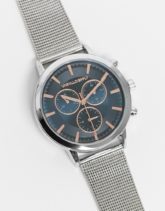 ASOS DESIGN - Edelstahl-Uhr mit marineblauem und roségoldenem Ziffernblatt und Armband in Netzoptik in Silber