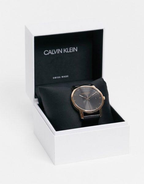 Calvin Klein - Uhr mit Armband in Schwarz und goldfarbenen Details