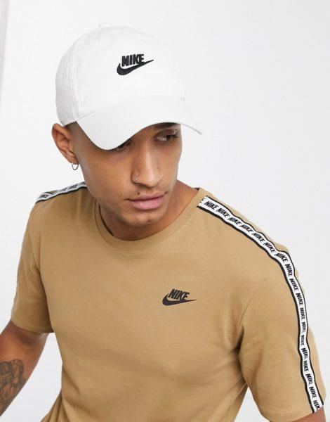 Nike - H86 Futura - Verwaschene Kappe in Weiß/Schwarz