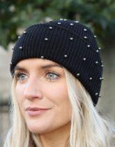 Pieces - Mütze mit Strassverzierung in Schwarz