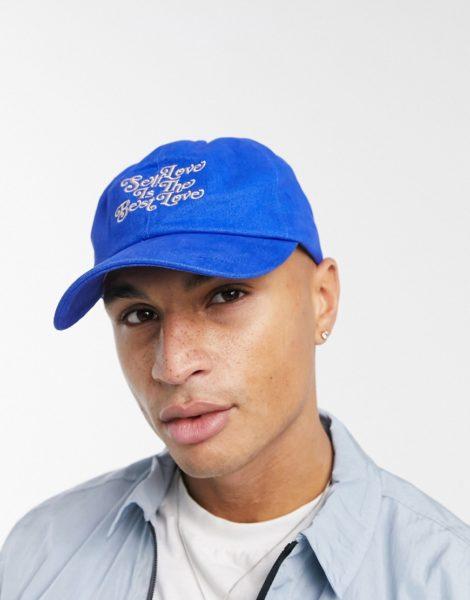 ASOS DESIGN - Blaue Baseball-Kappe mit aufgesticktem Schriftzug