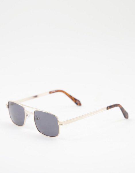ASOS DESIGN - Eckige, goldfarbene Sonnenbrille mit getönten Gläsern und Brauensteg-Detail