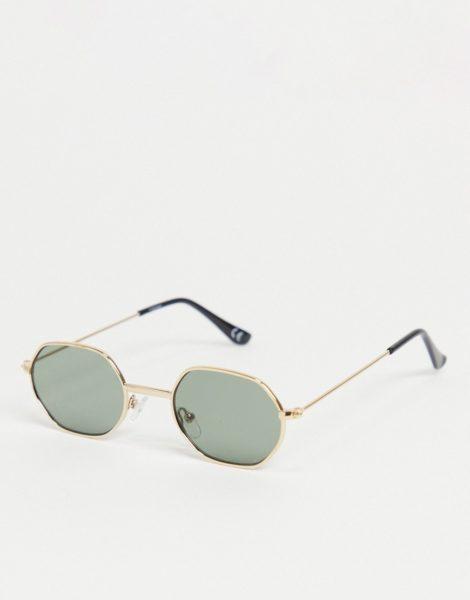 ASOS DESIGN - Kleine, angewinkelte Sonnenbrille in Gold mit dunkelgrünen Gläsern-Goldfarben