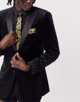 ASOS DESIGN - Schmale Krawatte und Einstecktuch aus Satin mit Barockmuster, in Schwarz