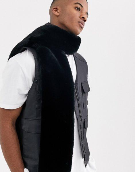 ASOS DESIGN - Schwarzer Schal aus Fellimitat
