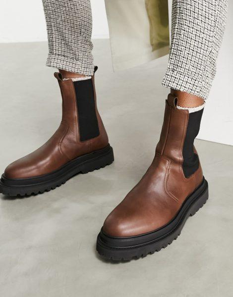 ASOS DESIGN - Wadenhohe Chelsea-Stiefel aus braunem Leder mit Schichtsohle
