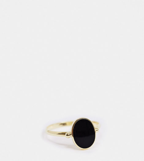 Kingsley Ryan - Exclusive - Ovaler Ring aus vergoldetem Sterlingsilber mit schwarzem Stein