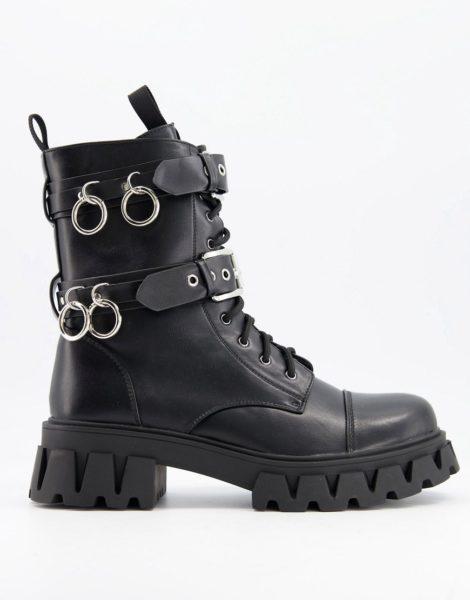 Koi Footwear - Vegane Schnürstiefel mit Metallringen in Schwarz