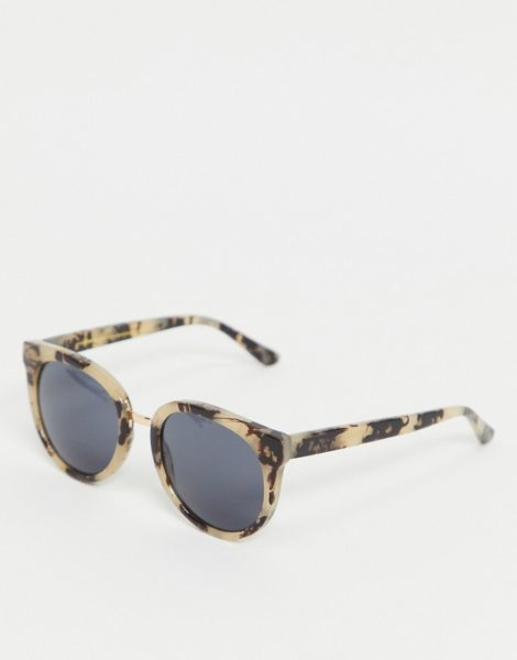 A.Kjaerbede - Gray - Übergroße Cat-Eye-Sonnenbrille für Damen in beiger Schildpattoptik-Neutral