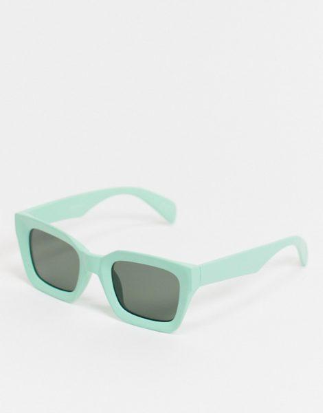 ASOS DESIGN - Angeschrägte, eckige Sonnenbrille in Grün