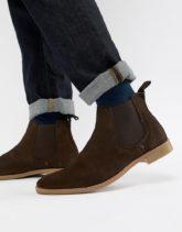 ASOS DESIGN - Chelsea-Stiefel aus braunem Wildleder mit Natursohle