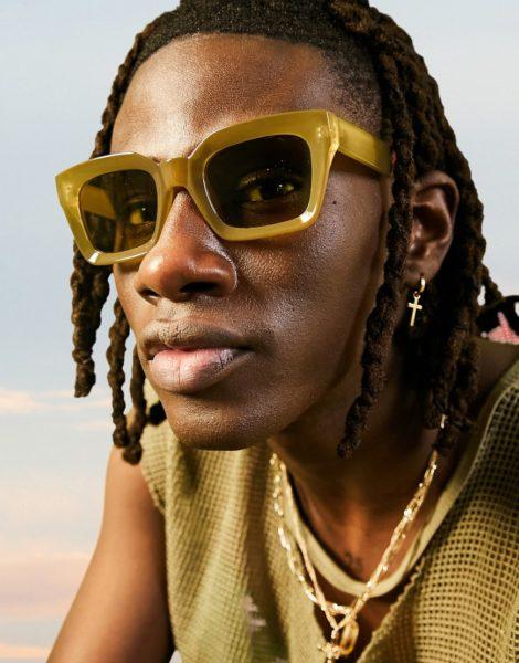ASOS DESIGN - Eckige Oversize-Sonnenbrille im 70er-Stil mit getönten Gläsern-Grün