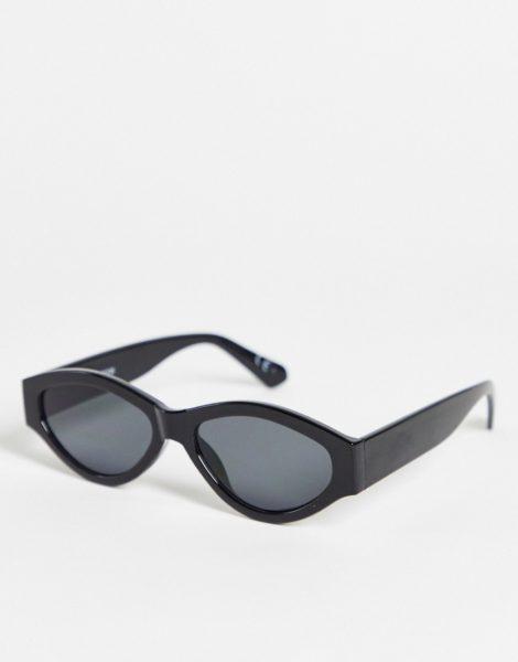 ASOS DESIGN - Runde Sonnenbrille in Schwarz mit getönten Gläsern