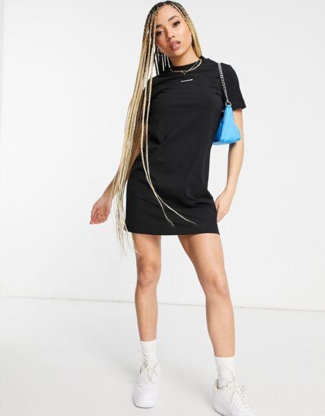Calvin Klein Jeans - Schwarzes T-Shirt-Kleid mit Logo