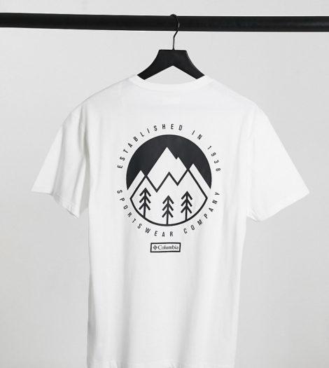 Columbia - Tillamook - T-Shirt in Weiß, exklusiv bei ASOS