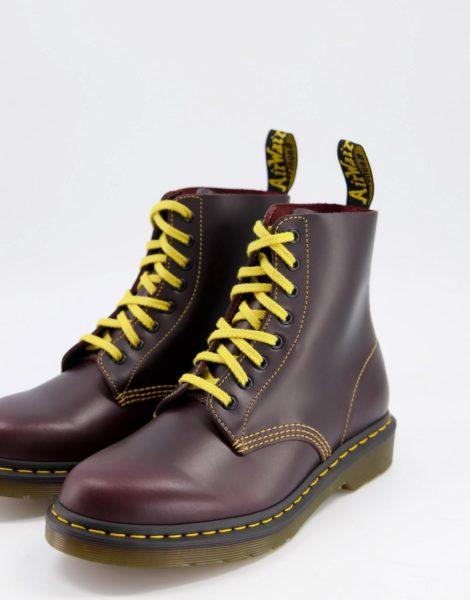 Dr Martens - 1460 Pascal - Stiefel in Rot mit 8 Ösen
