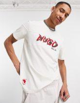 HUGO x Liam Payne - Dappal - Cremeweißes T-Shirt mit Logo an der Brust-Beige,HUGO x Liam Payne - Dappal - Cremeweißes T-Shirt mit Logo an der Brust-Neutral