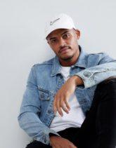 Nike - H86 - Gewaschene Kappe in Weiß mit Swoosh-Logo