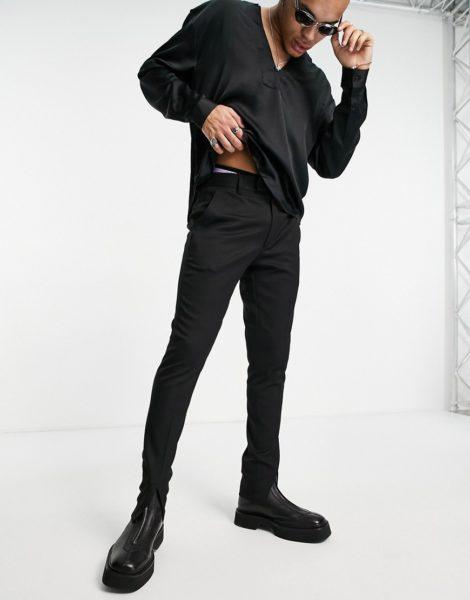 ASOS DESIGN - Eng geschnittene, elegante Hose in Schwarz mit Schlitz vorne