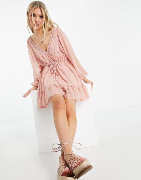 ASOS DESIGN - Mini-Skater-Kleid mit V-Ausschnitt und Kordelzug in der Taille aus Dobbie-Stoff in Nude-Rosa
