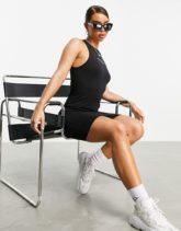 ASOS - Weekend Collective - Figurbetontes Kleid mit Racer-Design und Logo in Schwarz